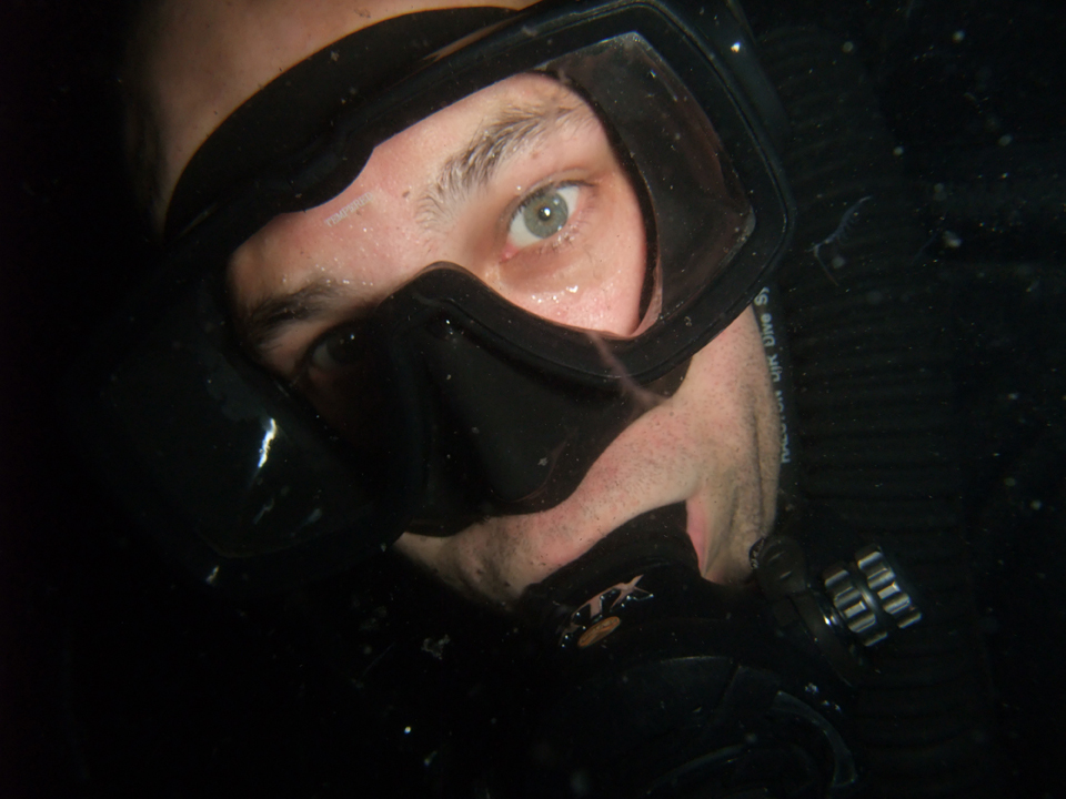 Scuba Diving/ Night diving in Hong Kong: Cuttlefish, Octopus, Squid, Box Fish, Scorpion Fish, Trumpet Fish, Clown Fish