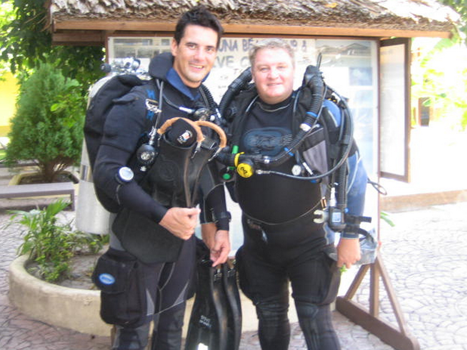 Technical Scuba Diving In Hong Kong, Rebreather, Twin and side-mount Training